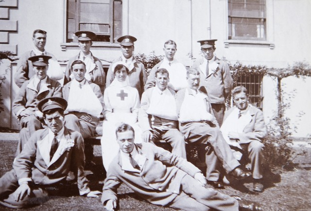 VAD hospital staff and patients for world war one.