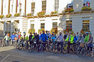 Cyclists outside the Municipal Offices