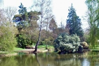 View over the lake at Hatherley Park